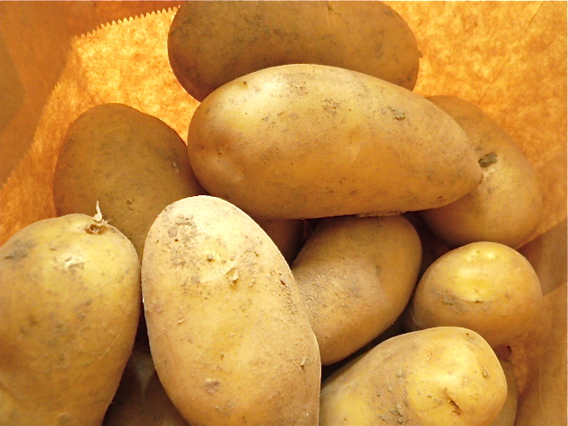 Kotelette mit Olivenöl-Kartoffelpüree und Pfifferlingen