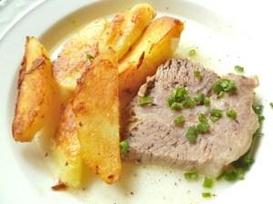 Bratkartoffeln mit Suppenfleisch