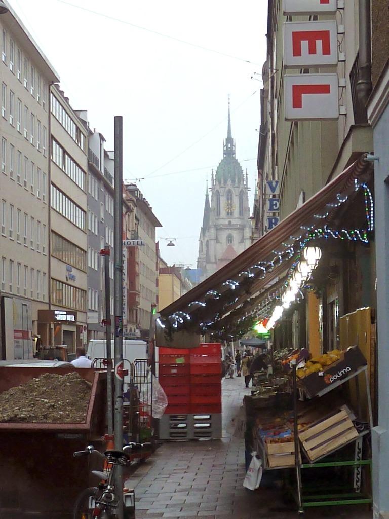 Bei Verdi in der Landwehrstrasse