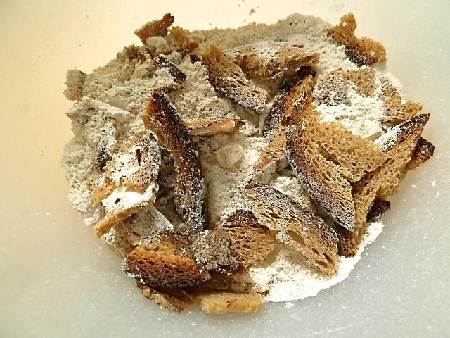 Brot, roggenmehl und Trockenhefe