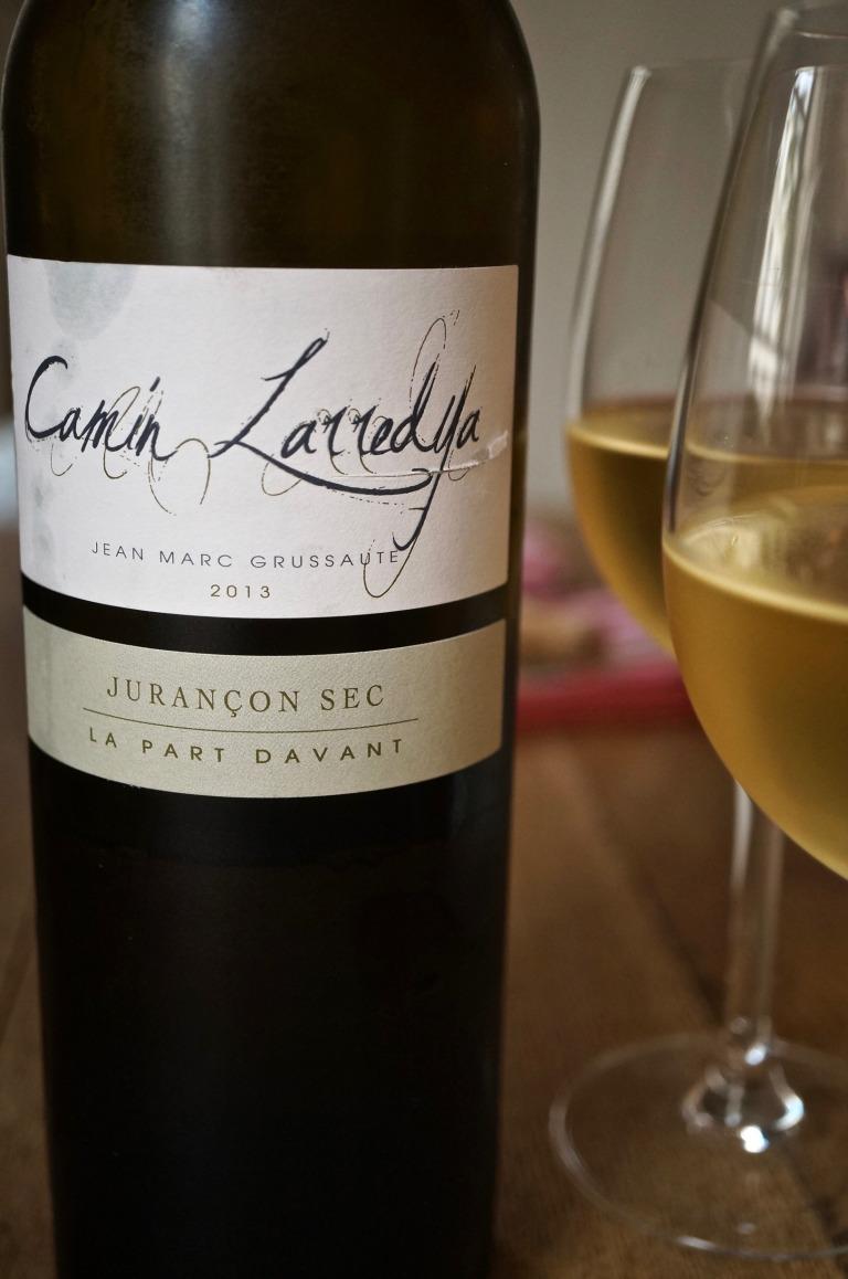 der entsprechende Weißwein