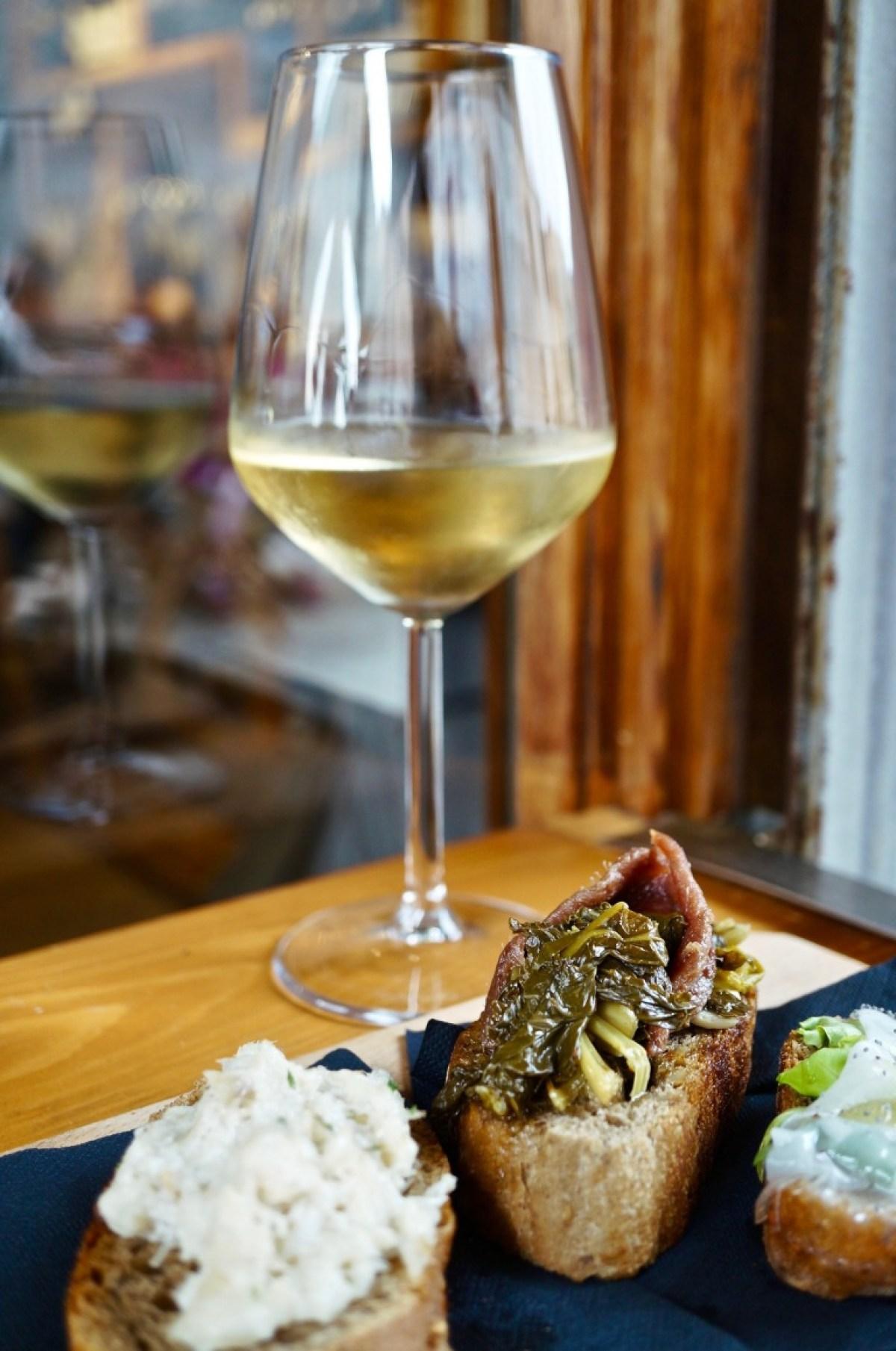 Baccala, Sardelle-Gemüse, Lardo zum Wein