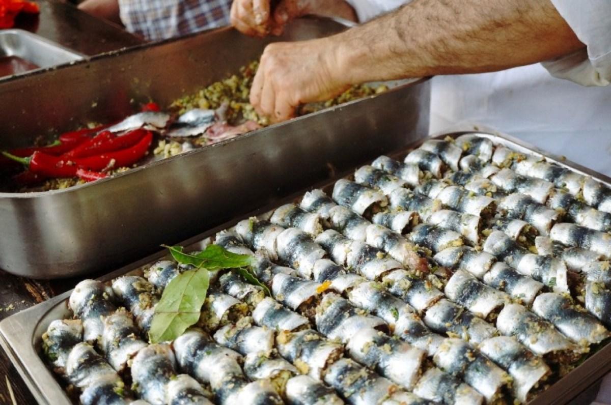 Brot, Chili, Pinienkerne