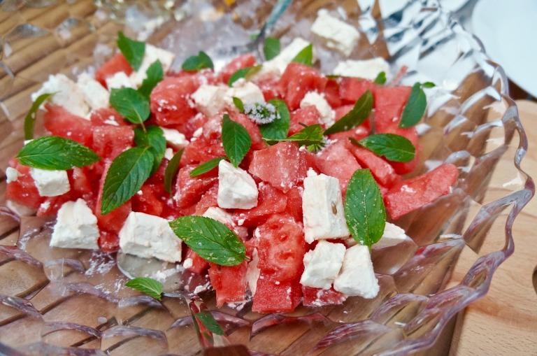 Wassermelone, Schafskäse und Minze