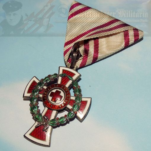 AUSTRIA - RED CROSS DECORATION - WAR SERVICE - ORIGINAL PRESENTATION CASE
