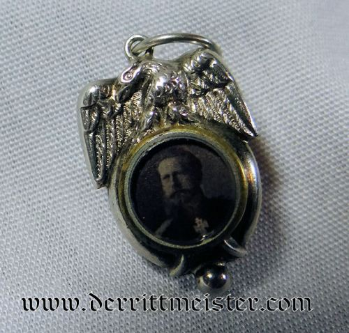 PATRIOTIC PHOTO PENDANT - KAISER FRIEDRICH III - Imperial German Military Antiques Sale