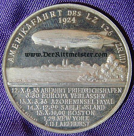 GERMANY - TABLE MEDAL - ZEPPELIN - DR. HUGO ECKNER AND LZ-126 - Imperial German Military Antiques Sale