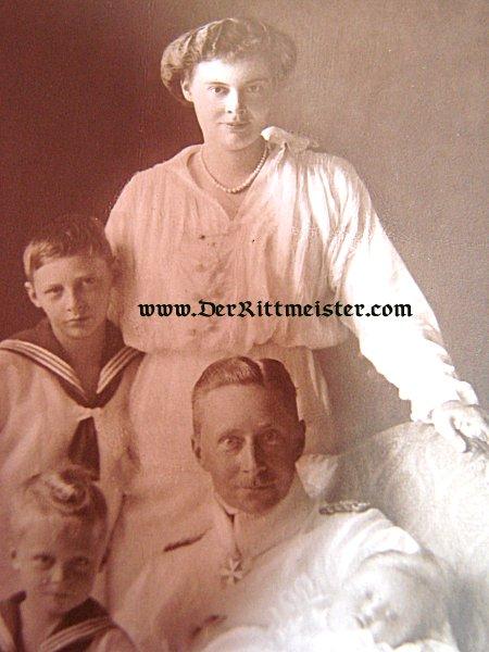 POSTCARD - KRONPRINZ WILHELM - KRONPRINZESSEN CECILIE - FIVE CHILDREN - Imperial German Military Antiques Sale