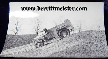 LARGE-FORMAT ORIGINAL PHOTOGRAPH - SUPPORT VEHICLE - OBSERVATION BALLOON - Imperial German Military Antiques Sale