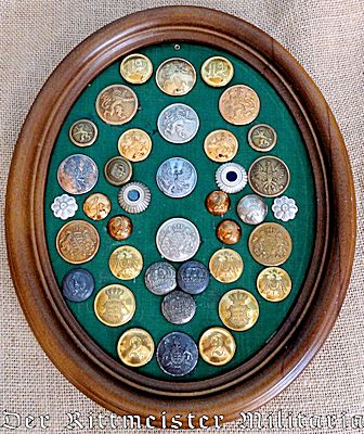 GERMANY - UNIFORM BUTTONS - DISPLAY OF VARIOUS STATE COLLAR AND UNIFORM BUTTONS - Imperial German Military Antiques Sale