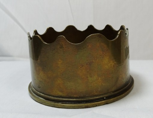GREAT BRITAIN - ASHTRAY - TRENCH ART - EIGHTEEN POUND SHELL - Imperial German Military Antiques Sale