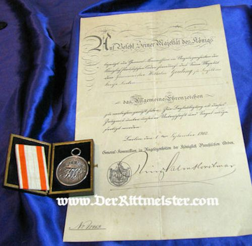 PRUSSIA - ALLGEMEINES EHRENZEICHEN 2nd CLASS AND AWARD DOCUMENT IN THE ORIGINAL PRESENTATION CASE - Imperial German Military Antiques Sale