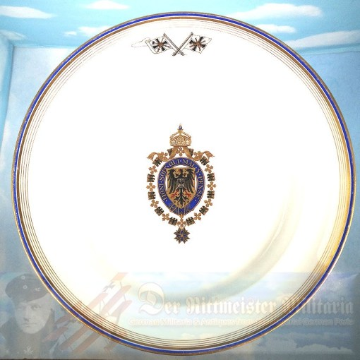 PRUSSIA - DINNER PLATE - KAISER WILHELM II's PERSONAL DINNER SERVICE ABOARD NAVAL VESSELS - Imperial German Military Antiques Sale