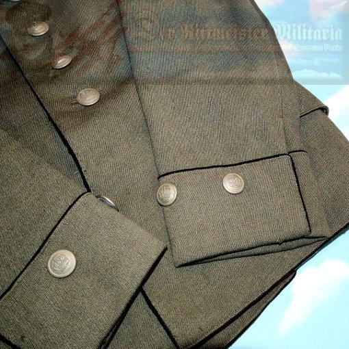PRUSSIA - TUNIC - OBERLEUTNANT - DRAGONER-REGIMENT NR 2 - M-1915 DESIGN - FELDGRAU - IDENTIFIED - Imperial German Military Antiques Sale