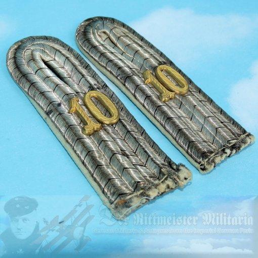 PRUSSIA - SHOULDER BOARDS - LIEUTENANT - INFANTERIE-REGIMENT NR 10 - Imperial German Military Antiques Sale