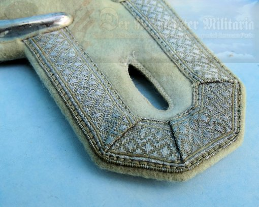 PRUSSIA - EPAULETS - WACHMEISTER - GARDE-ULANEN-REGIMENT NR 1 - Imperial German Military Antiques Sale