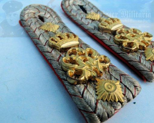 WÜRTTEMBERG - SHOULDER BOARDS - HAUPTMANN - INFANTERIE-REGIMENT NR 120 - Imperial German Military Antiques Sale