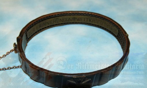 GERMANY - PATRIOTIC BRACELET - TRENCH ART - MADE FROM THE DRIVING BAND OF AN ARTILLERY SHELL - Imperial German Military Antiques Sale