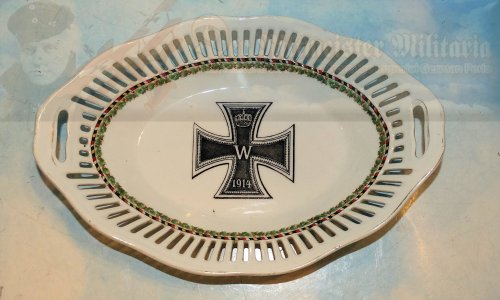 GERMANY - BREAD BASKET - PATRIOTIC - PORCELAIN