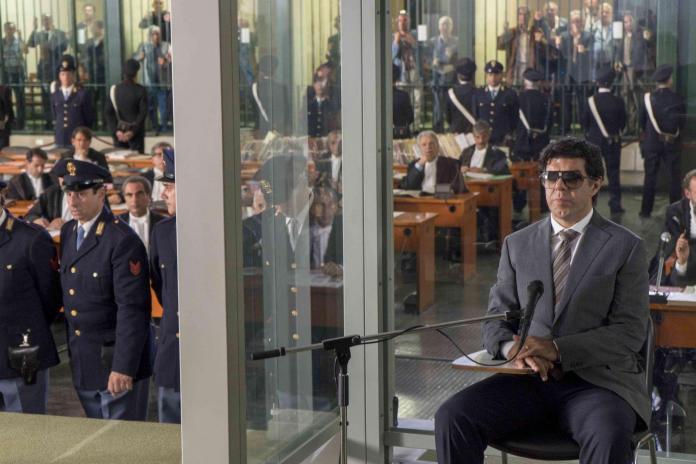 Il Traditore di Marco Bellocchio. Il processo di Buscetta.