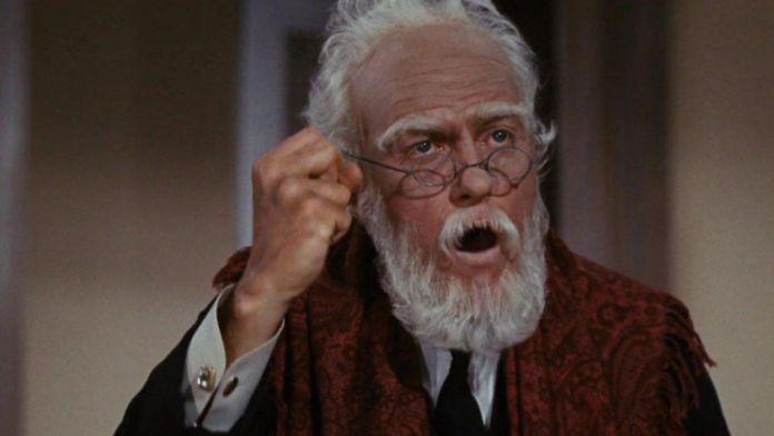 Dick Van Dike tra gli attori invecchiati in Mary Poppins (1964)