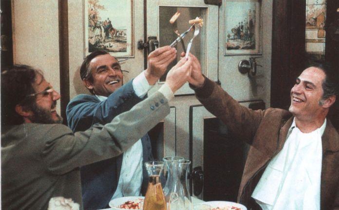 C'eravamo tanto amati è uno dei capolavori del regista italiano Ettore Scola, con Nino Manfredi, Stefano Satta Flores, Vittorio Gassman e Stefania Sandrelli.