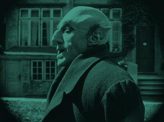 Nosferatu, primo film che apre la rassegna Fantasmi al cinema. Capolavoro di Friedrich Wilhelm Murnau.