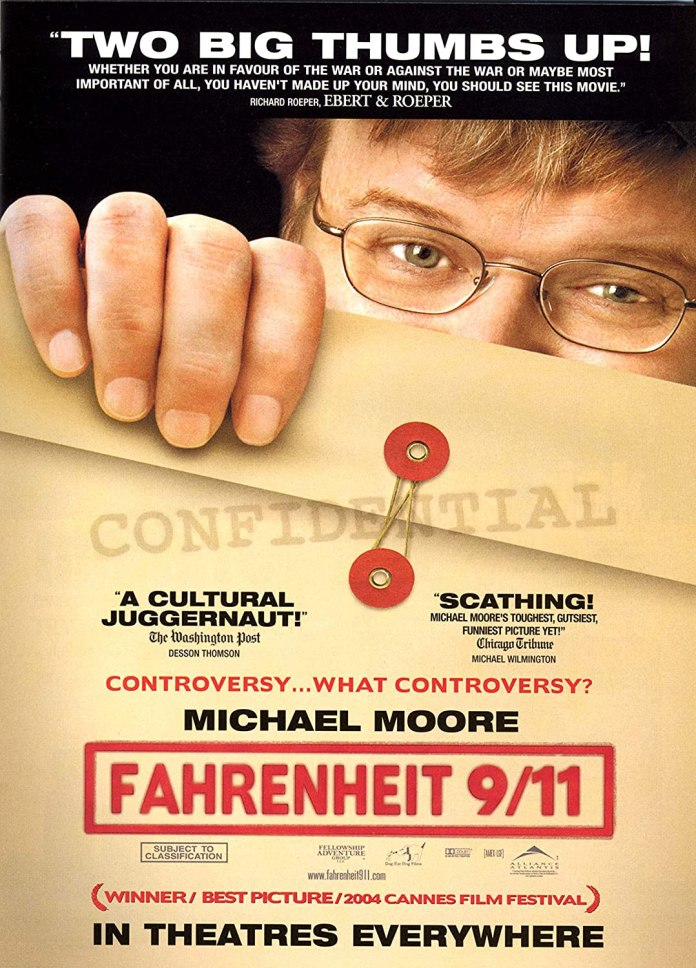 L'attentato alle Torri Gemelle è il punto di partenza per Fahrenheit 9/11, documentario e film d'inchiesta diretto da Michael Moore.