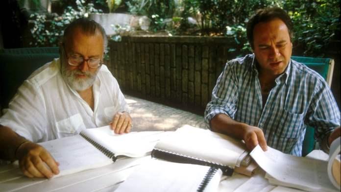 Carlo Verdone e Sergio Leone collaborarono per la prima volta insieme alla stesura di Un sacco bello, primissimo film di Verdone.