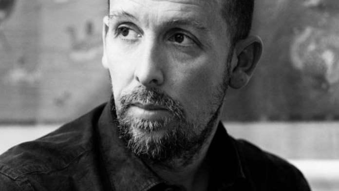 Mattia Torre è premiato ai David di Donatello 2021 per la Migliore Sceneggiatura Originale, con Figli.