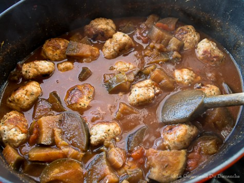 Boulettes de porc aux aubergines et épices