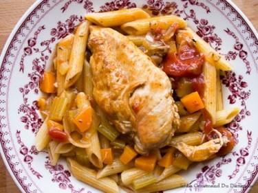 Ragoût de poulet et vin blanc