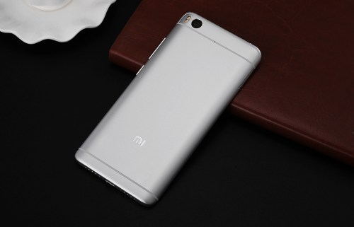 Xiaomi Mi5s MIUI 8 5.15 inch 4G Phablet Snapdragon 821 Quad Core 2.15GHz 4GB RAM 128GB ROM Fingerprint Scanner 12.0MP Rear Camera