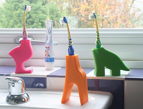 STORE  Kids Toothbrush Holder