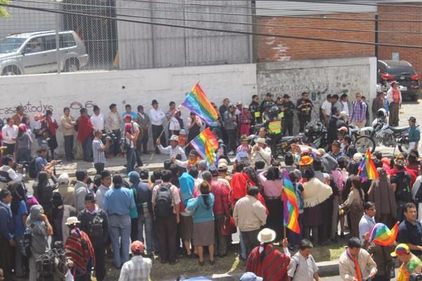 Governo do Equador recua diante da mobilização indígena