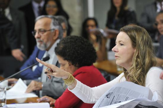 Vanessa Grazziotin é a relatora da matéria   Geraldo Magela/Agência Senado