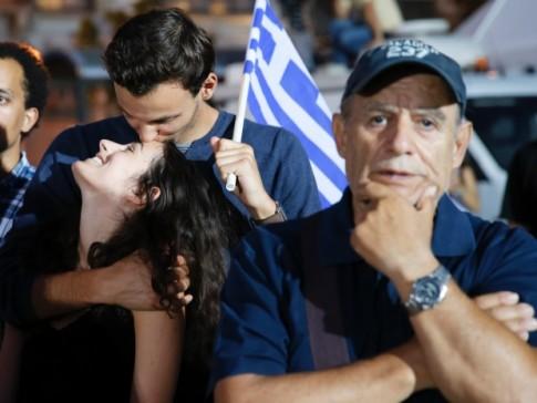 Zizek: Atenas e o possível retorno da política