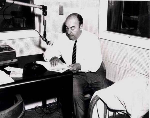 'Porque era comunista': deputados chilenos vetam nome de Pablo Neruda para aeroporto de Santiago