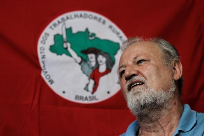 """""""A partir de agora, nenhum desempregado a mais"""", reivindica João Pedro Stedile"""