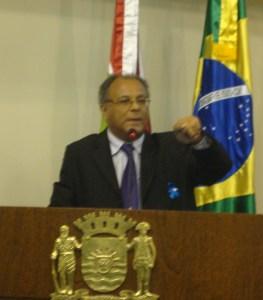 Vereador Lino Peres reclama do aumento da tarifa de ônibus acima da inflação, em 11,94%