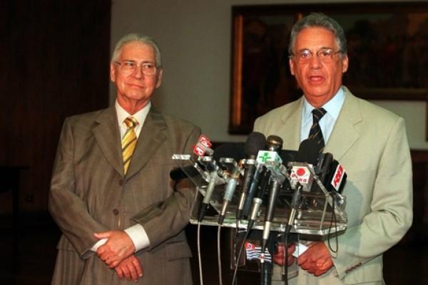 """FHC com Covas: """"Ele chegou em casa às duas horas da manhã, depois da reunião em que o Mário Covas foi contra o PSDB entrar no governo, e disse: 'Você acabou com a minha vida'"""""""