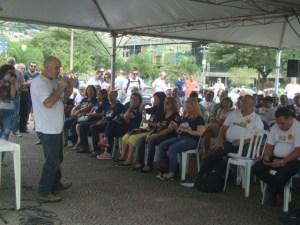 O diretor da Aprasc Amauri Soares falou representando da Intersindical