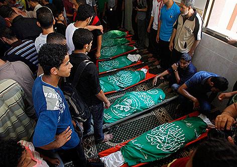Israel assassinou mais de 500 crianças em 51 dias de ataques contra Gaza em 2014  Israel assassinou mais de 500 crianças em 51 dias de ataques contra Gaza em 2014