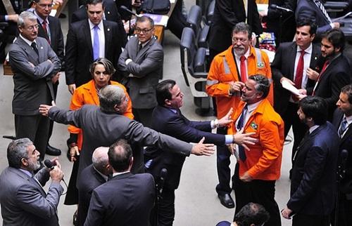 """Aprovação do PL do pré-sal """"é o pagamento do golpe"""", dizem petroleiros"""