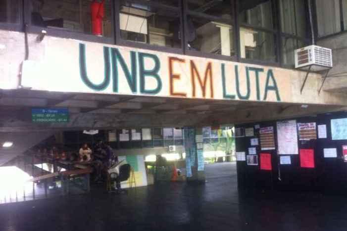 Justiça suspende decisão que determinou desocupação da UnB