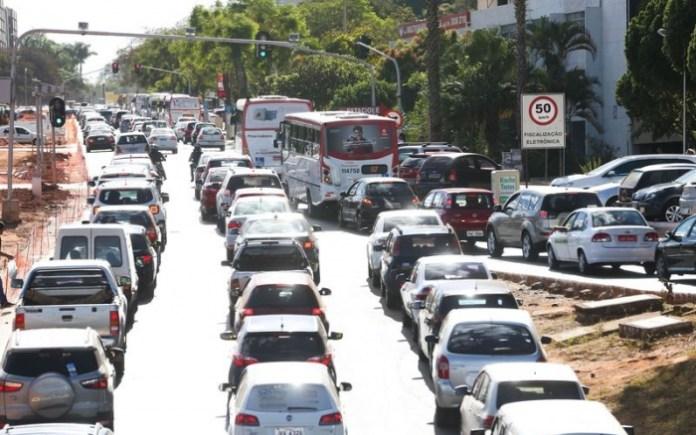 Liberação de carros a diesel é ameaça climática | Antônio Cruz - EBC
