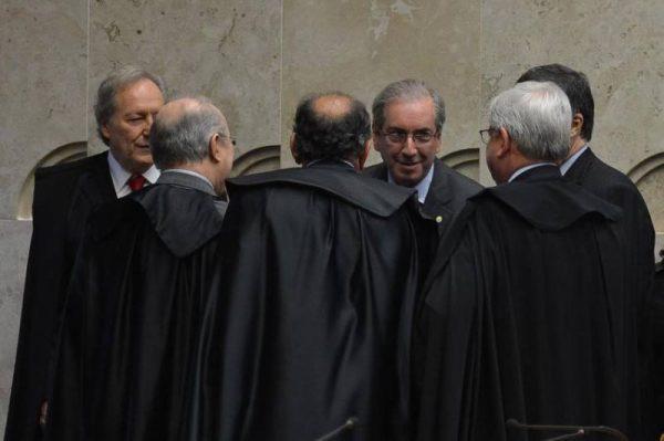 Após Cunha ameaçar delatar Temer, ministros do STF discutem às portas fechadas sua soltura hoje