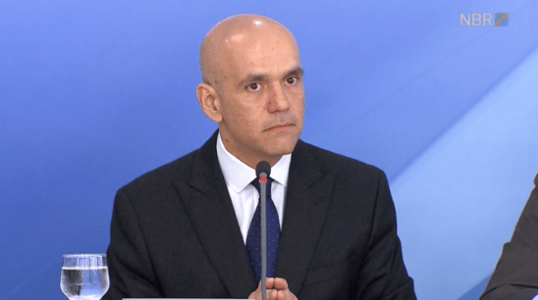 Central sindical denuncia secretário da Previdência por conflito de interesses