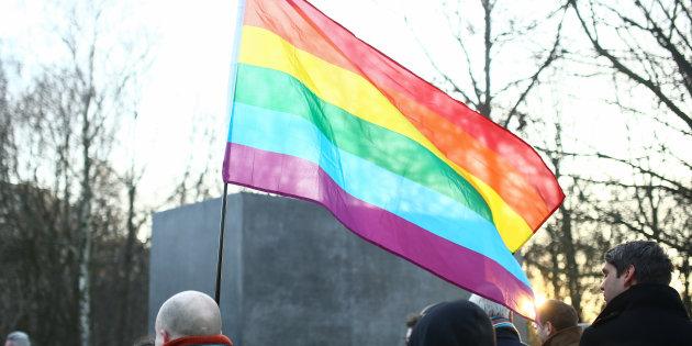 Alemanha irá ressarcir  50 mil gays condenados por lei nazista na 2ª Guerra Mundial