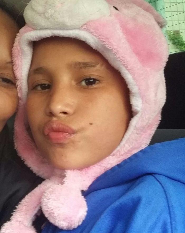 Justiça determina exumação do corpo de João Victor, 13 anos, morto após confusão no Habib's